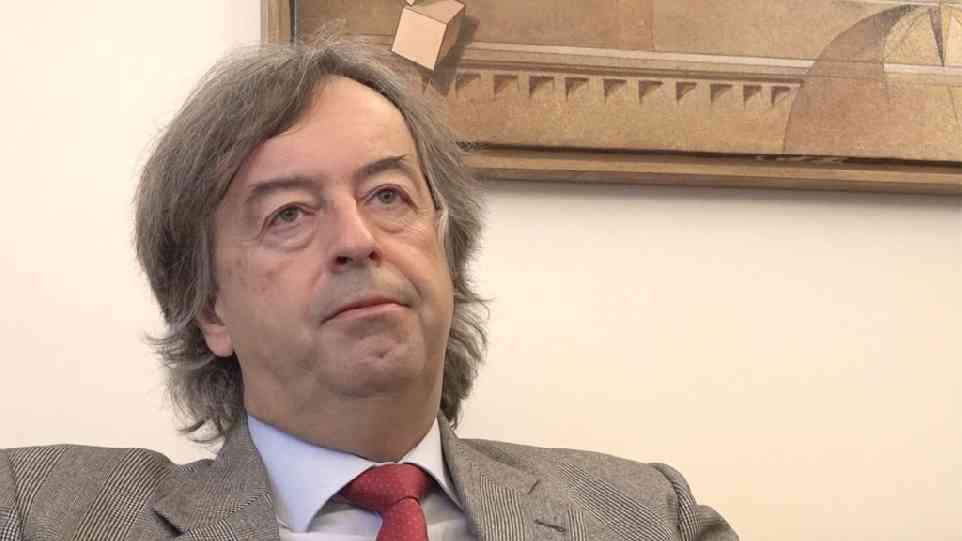 Roberto Burioni il vaccino non e unopinione