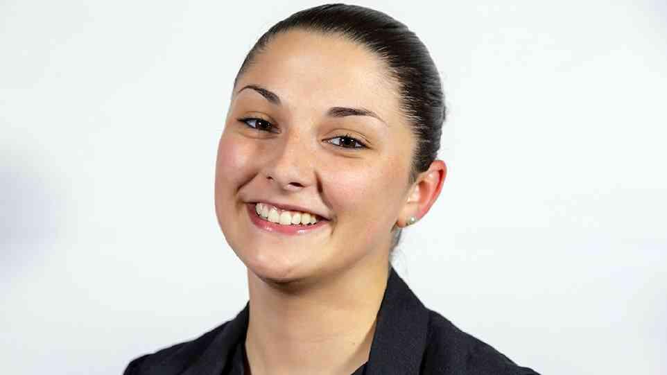 Economia e Management: il futuro di Sara comincia a Urbino!